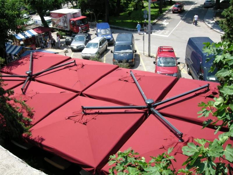 Parasol 1 palo 4 lienzos para terraza Alu Poker Scolaro SCOLARO
