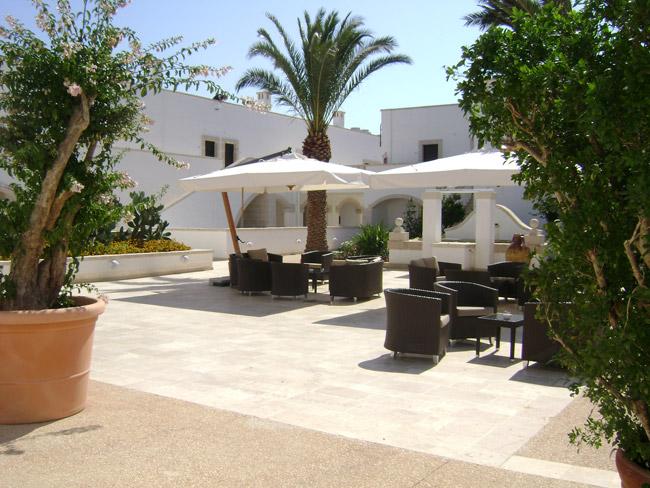 Paraguas de terraza con mástil descentrado Palladio Braccio SCOLARO